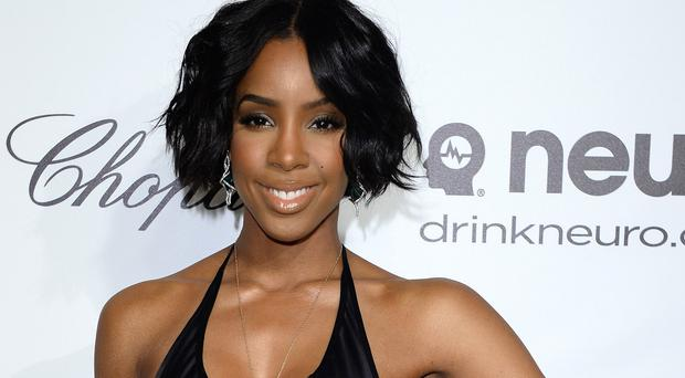 Kelly Rowland has announced the arrival of her son