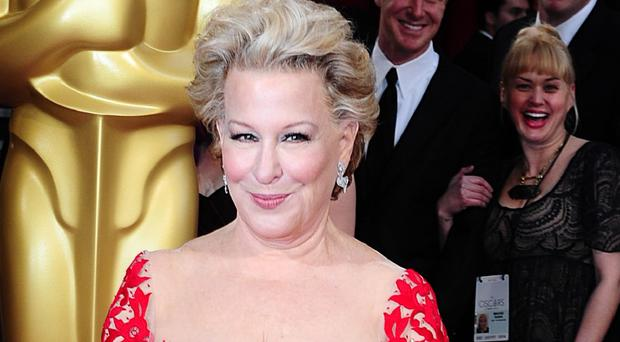 Bette Midler says she doesn't like Ariana Grande's image