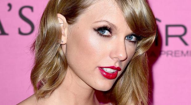 Taylor Swift will appear at Radio 1's Big Weekend event in 2015