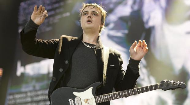 Pete Doherty has recorded a charity tribute song for Amy Winehouse