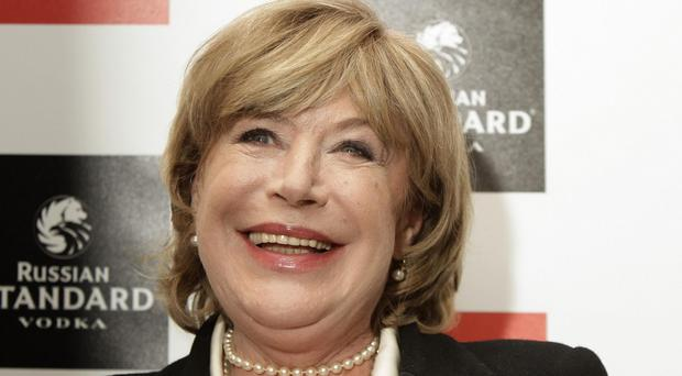 Marianne Faithfull has postponed a series of live dates.