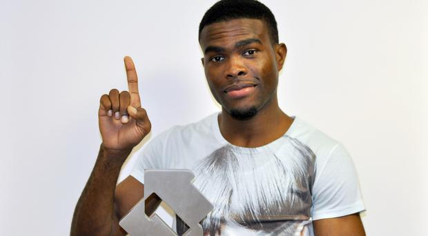 OMI's Cheerleader has topped the singles chart for the fourth week