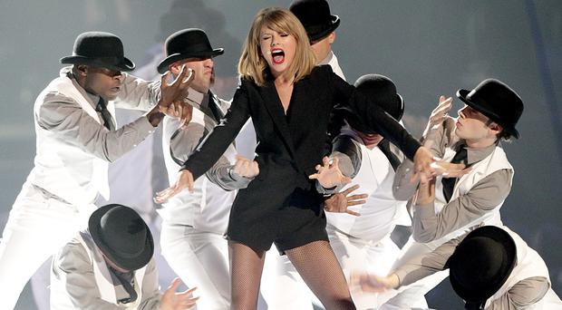 Taylor Swift brings her The 1989 World Tour to the UK after her victory over technology giant Apple