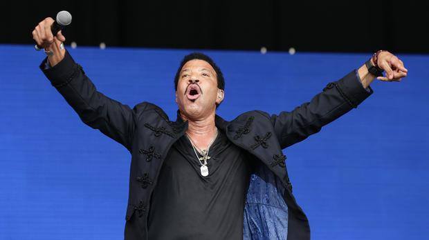 Lionel Richie's Glastonbury set has led to a jump in sales of one of his albums