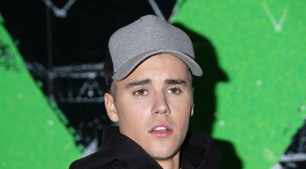 Justin Bieber has knocked Adele off the top spot