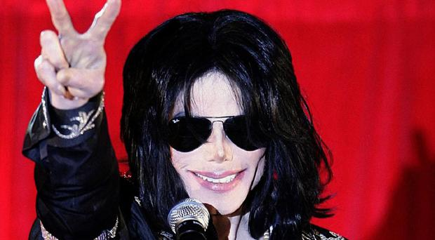 The widow of a violinist on Michael Jackson's 1980s hit Billie Jean will receive royalty payments