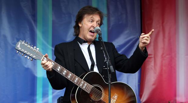 Paul McCartney says no to alcohol before performing