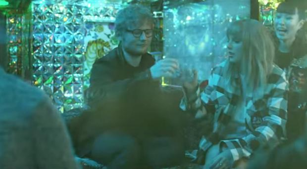 Taylor Swift and Ed Sheeran let their hair down in End Game video (Taylor Swift Vevo/YouTube grab)