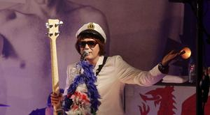 Nicky Wire of the Manic Street Preachers has been forced to pull out of the Belfast show.