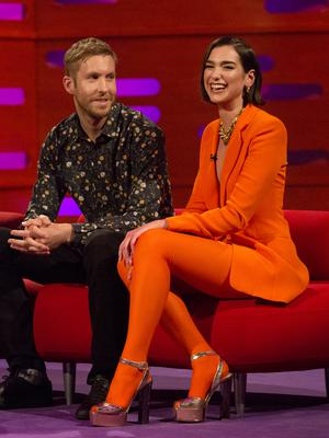 Calvin Harris and Dua Lipa's One Kiss has spent its fifth week at number one.