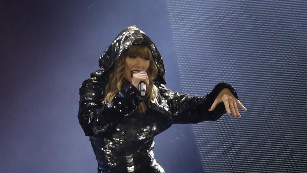 Taylor Swift performs during the Reputation Stadium Tour opener (Rick Scuteri/Invision/AP)