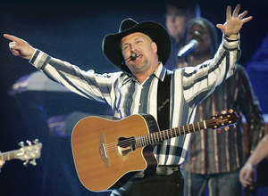 Crucial talks: Garth Brooks