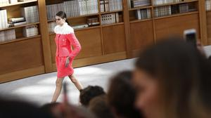 Model Kaia Gerber wears a creation for the Chanel Haute Couture Fall-Winter (Kamil Zihnioglu/AP)
