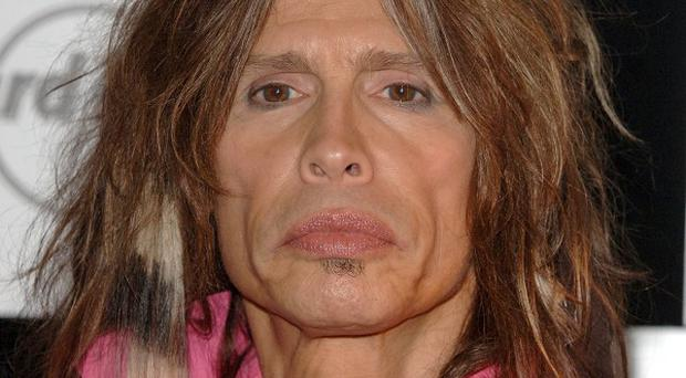 An bid to controll the paparazzi in Hawaii has been dubbed the Steven Tyler act