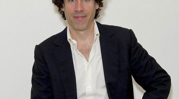 Stephen Mangan will star in the stage production