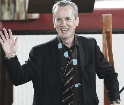 Frank Skinner waves to the crowd at the Happy Days Enniskillen International Beckett Festival