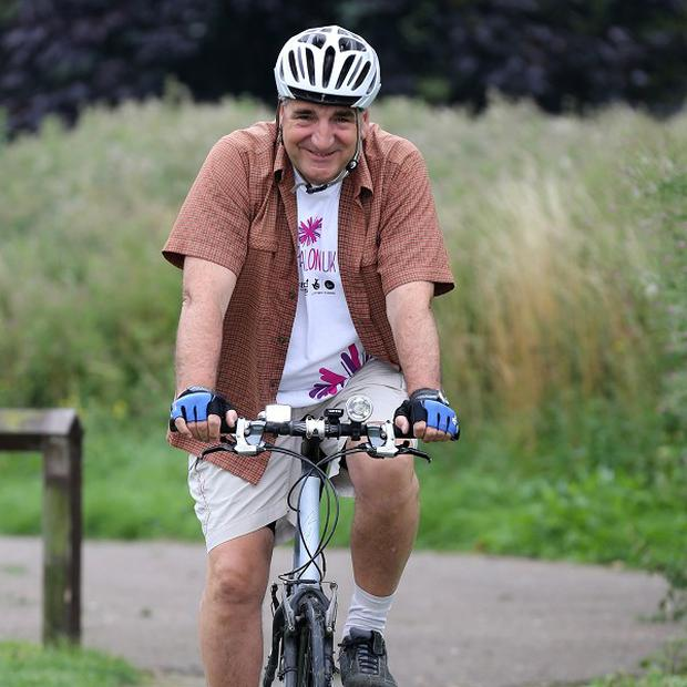 Downton Abbey actor Jim Carter has taken part in the Pedal On UK cycle ride