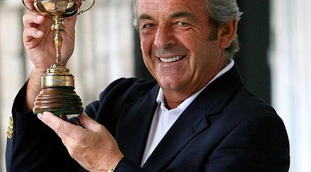 Golfer Tony Jacklin has been confirmed as a contestant on this year's Strictly Come Dancing