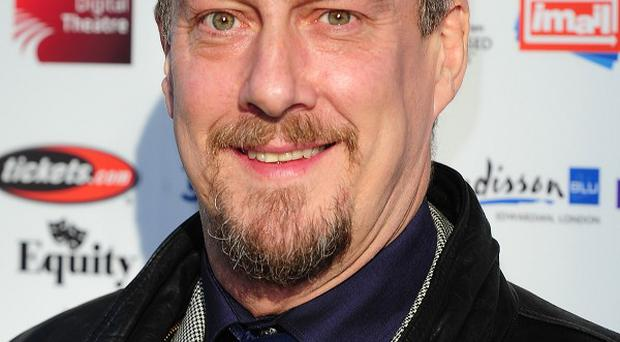 Stephen Tompkinson has urged broadcasters to put the emphasis on writers rather than star names for TV dramas