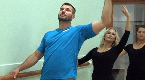 Ben Cohen taking a ballet lesson before performing on this week's Strictly Come Dancing