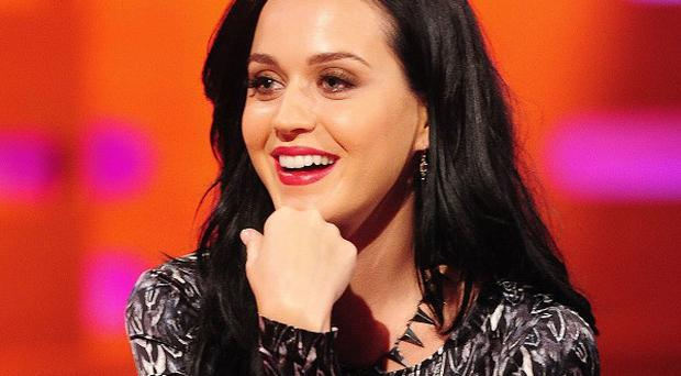 Katy Perry has urged pop stars to put their clothes on