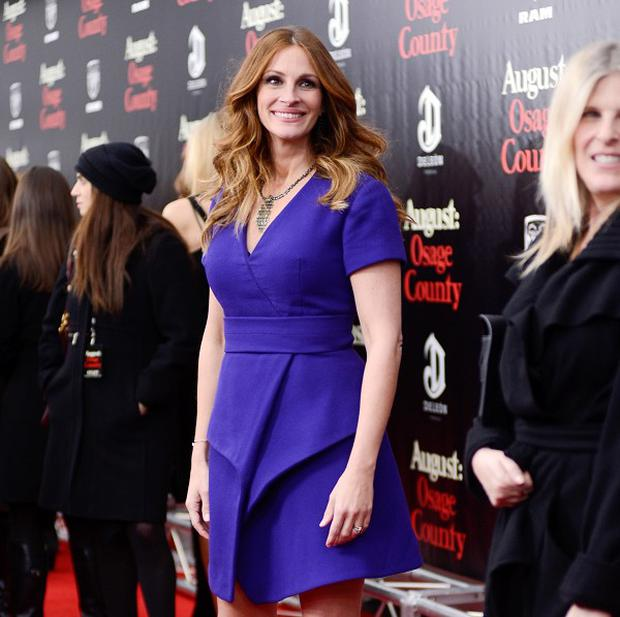 Julia Roberts has denied that she's pregnant again