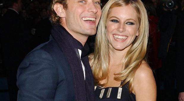 A court heard how Sienna Miller left a message for Daniel Craig while out with then boyfriend Jude Law
