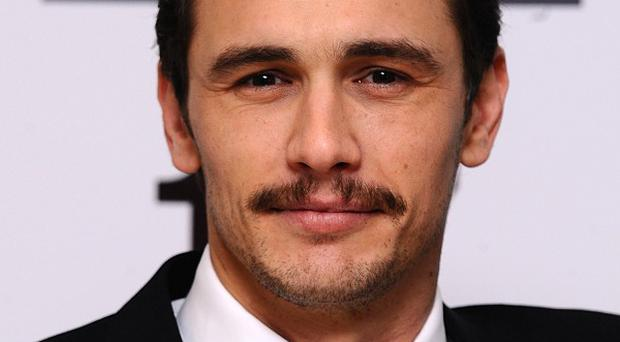 James Franco has apologised after he was found to be flirting with a Scottish schoolgirl on Instagram