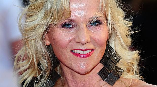 Linda Barker is to host a new home makeover show on Channel 5