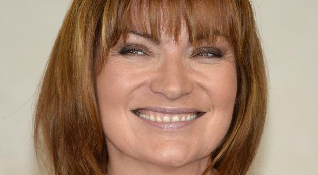 Lorraine Kelly is to be honoured for her 30-year television career by Bafta Scotland
