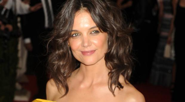 Katie Holmes says she has close friends she can call in the middle of the night