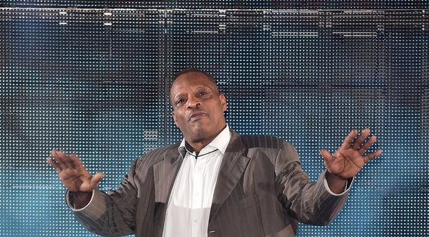 Alexander O'Neal is leaving the Celebrity Big Brother house