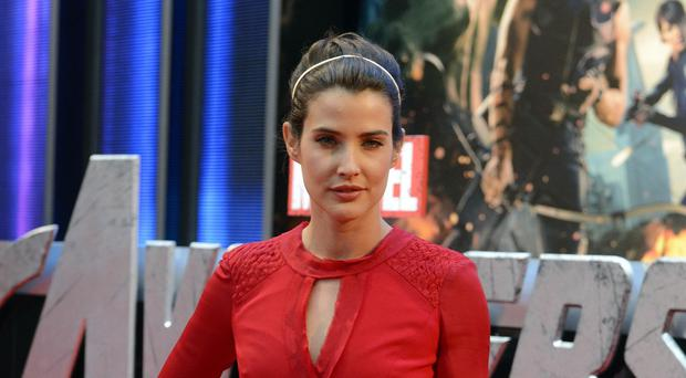 How I Met Your Mother actress Cobie Smulders has revealed she suffered ovarian cancer