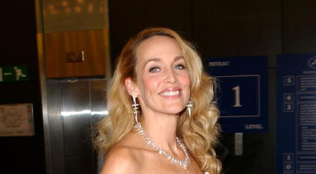 Jerry Hall says would not consider cosmetic surgery