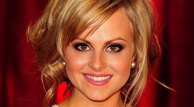 Tina O'Brien will stars in Coronation Street's live episode