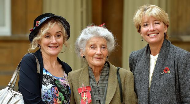 Phyllida Law with her daughters Sophie (left) and Emma Thompson