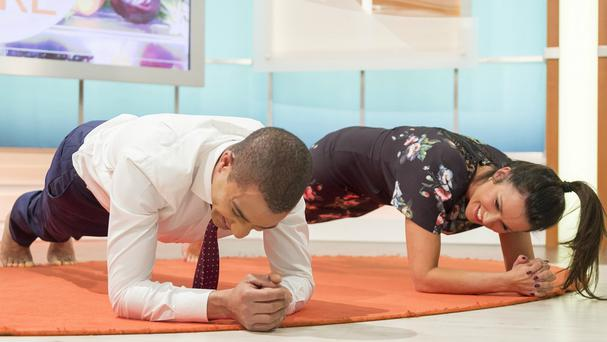 Sean Fletcher and Susanna Reid during the Good Morning Britain plank-off challenge. (ITV)