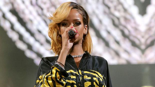 Rihanna is to headline this year's V Festival along with Justin Bieber