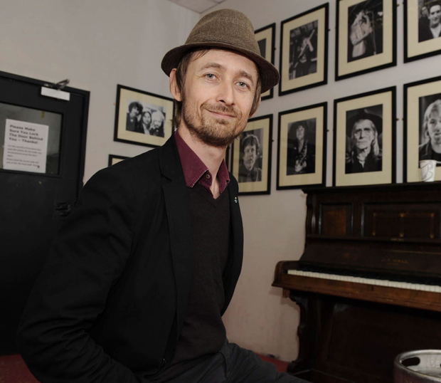Performance: Neil Hannon
