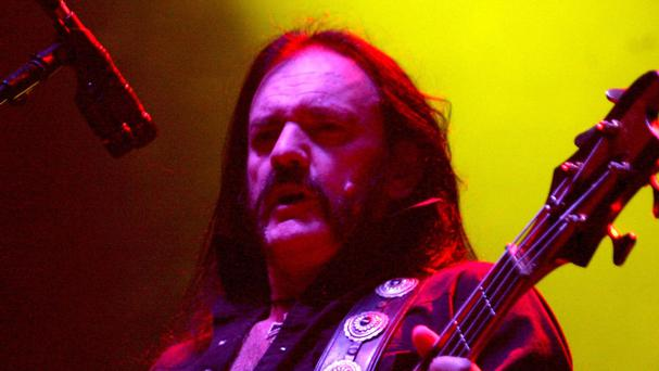 Lemmy's favourite bar in LA will see a life-size statue erected to honour the late Motorhead frontman