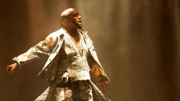 Kanye West cut short a Saint Pablo show saying he had a sore throat