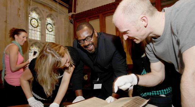 Sir Lenny Henry with fellow cast members from Othello