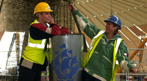 Richard Bacon and Katy Hill with the Blue Peter time capsule
