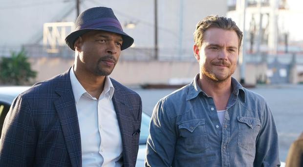 Roger Murtaugh (Damon Wayans, left) and Martin Riggs (Clayne Crawford) in Lethal Weapon's new TV reboot (ITV/PA)