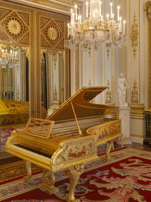 Erard Piano in White Drawing Room 1 Royal Collection Trust (© Her Majesty Queen Elizabeth II 2019)