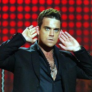 Robbie Williams is to become a father again