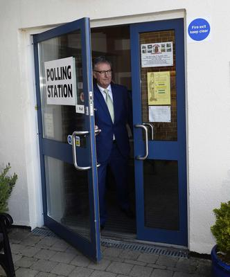 Pacemaker press 05/05/2016 UUP Leader Mike Nesbitt with his wife Lynda at Gilnahirk Primary School to make his vote on Polling day. Picture Mark Marlow/pacemaker press