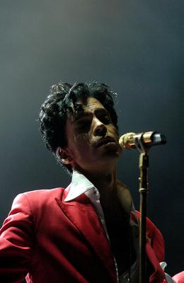 FILE - 21 APRIL 2016: Musician Prince has reportedly Died at 57 on April 21, 2016. NEW ORLEANS - JULY 2:  Prince performs at the 10th Anniversary Essence Music Festival at the Superdome on July 2, 2004 in New Orleans, Louisiana.  (Photo by Chris Graythen/Getty Images)