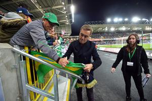 PACEMAKER BELFAST  08/10/2016 Northern Ireland v San Marino World Cup qualifier Group C The official opening of the National Stadium this evening with a lap of former Northern Ireland legends. Jimmy Nesbitt pictured Photo Colm Lenaghan/Pacemaker Press