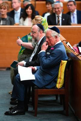 The Prince of Wales with Chief Rabbi Ephraim Mirvis during a visit to Belfast Synagogue on the second day of the Royal couple's visit to Northern Ireland.Photo credit should read: Joe Giddens/PA Wire